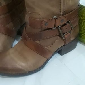Gianni Bini Shoes - Gianni Bini boots, just like Frye or Freebird